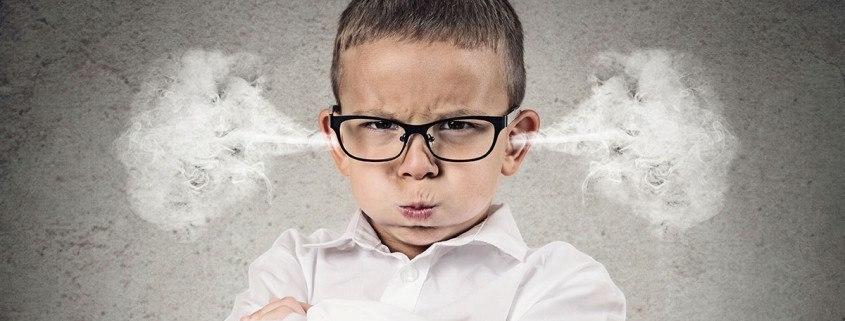 Młodszy brat terroryzuje naszą rodzinę Sensity.pl