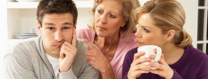 Dlaczego moja teściowa całą uwagę skupia na swoim synu, a mnie ignoruje?