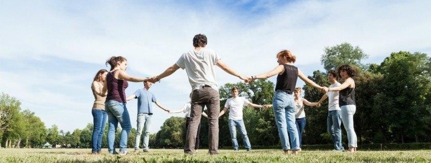 Umiejętności interpersonalne – jak je rozwijać?