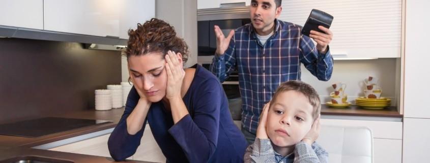 Mąż używa przemocy psychicznej wobec mnie i dziecka Sensity.pl