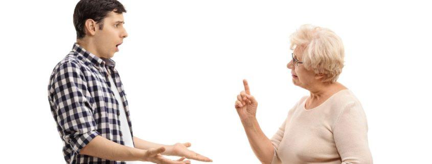 Jak rozwiązać konflikt z matką, która nie akceptuje mojego partnera