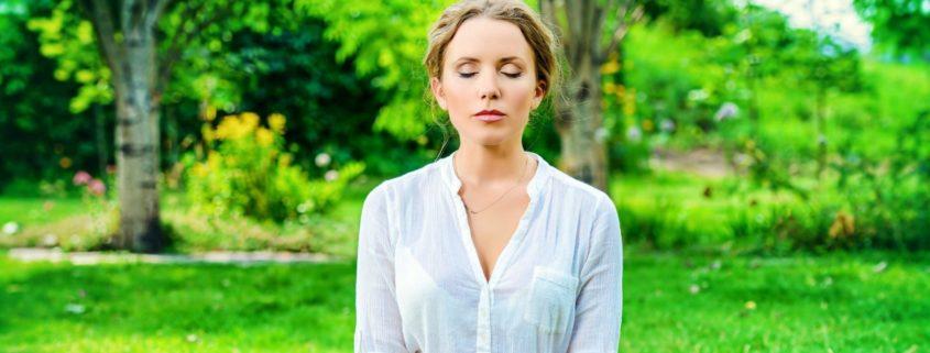Zwolnij, by po prostu BYĆ - o mocy mindfulness