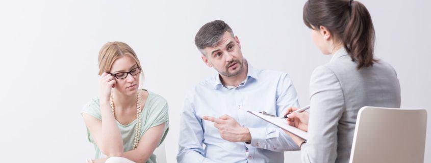 Prowadzenie psychoterapii. Czy terapeuta postępuje etycznie?