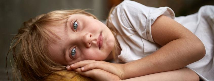 Psychologiczna manipulacja dzieckiem dla własnych potrzeb. Kiedy mówimy o przemocy wobec dziecka?