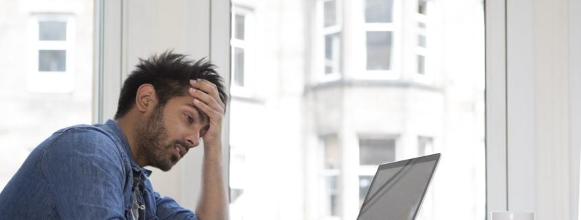 Uzależnienie od pracy czy zaangażowanie? Objawy pracoholizmu