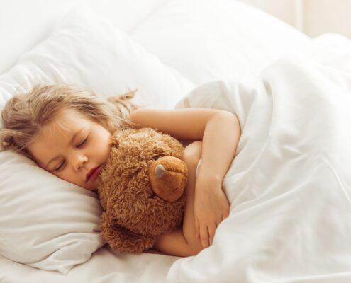 Jak nauczyć dziecko samodzielnego zasypiania?